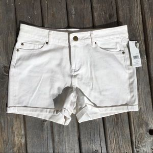 💥5/$25 White Denim Shorts